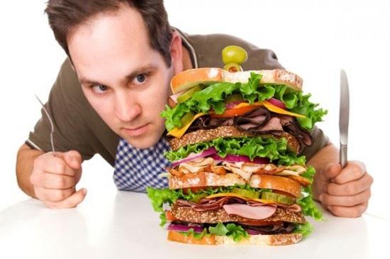 Ăn uống thiếu khoa học là nguyên nhân gây đau dạ dày