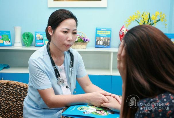 Khám phụ khoa định kỳ giúp phụ nữ chủ động phòng tránh các bệnh phụ khoa không đáng có.