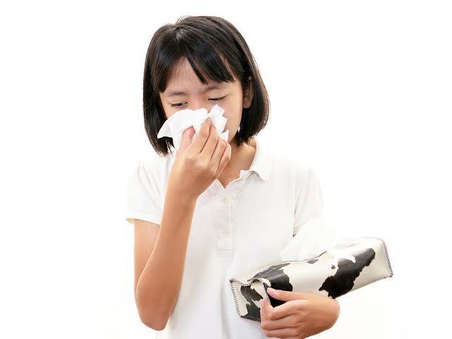 Vào mùa trẻ dễ nhiễm khuẩn hô hấp