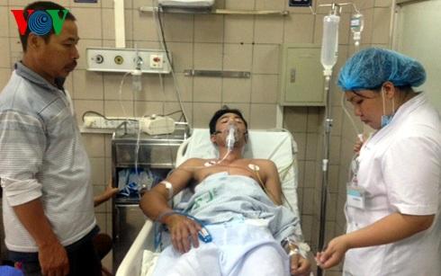 Bệnh nhân bị ngộ độc đang điều trị tại Trung tâm Chống độc, Bệnh viện Bạch Mai