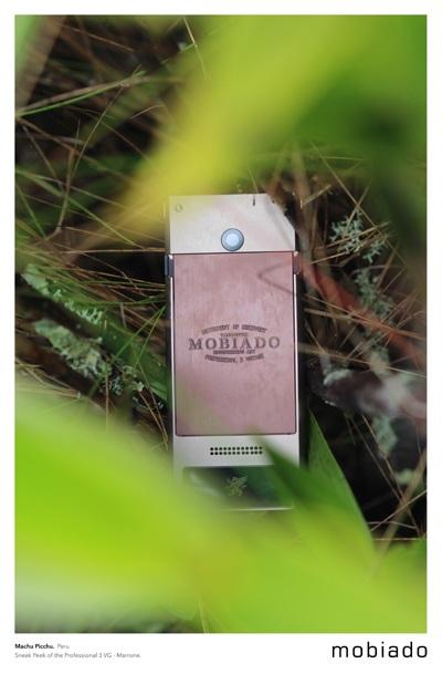 Mobiado treo điện thoại mới trên đỉnh Everest