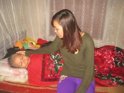 Mẹ thơm đau yếu đã gần 10 năm nay