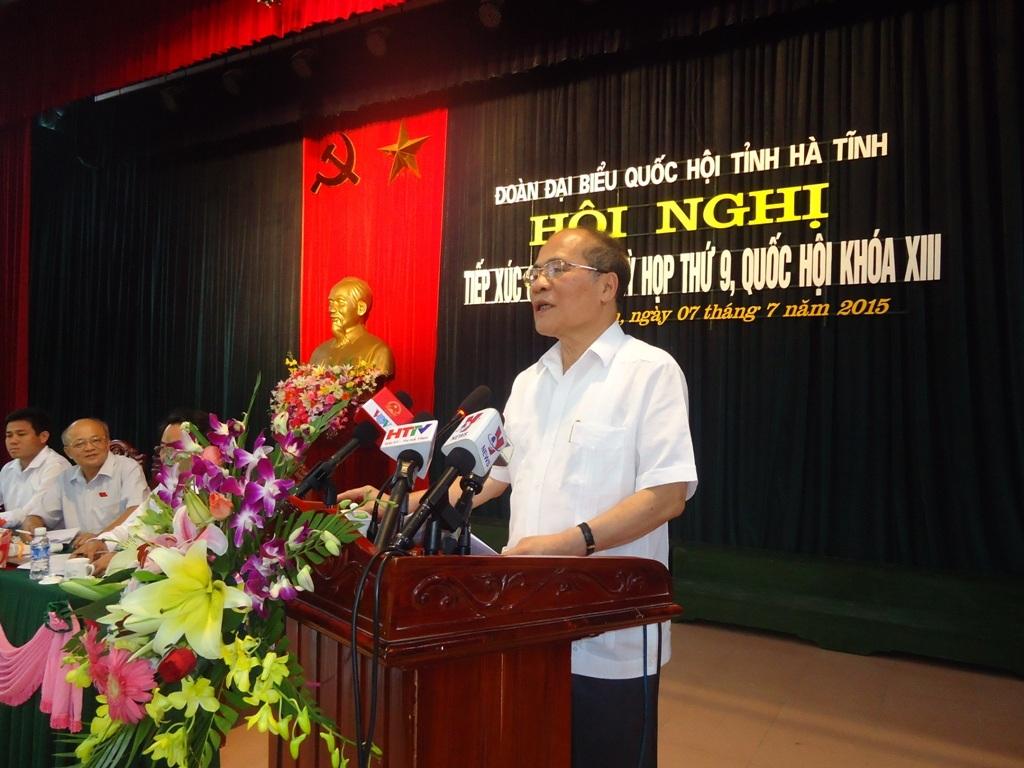 Chủ tịch Quốc hội Nguyễn sinh Hùng trả lời những kiến nghị của cử tri thị xã Kỳ Anh