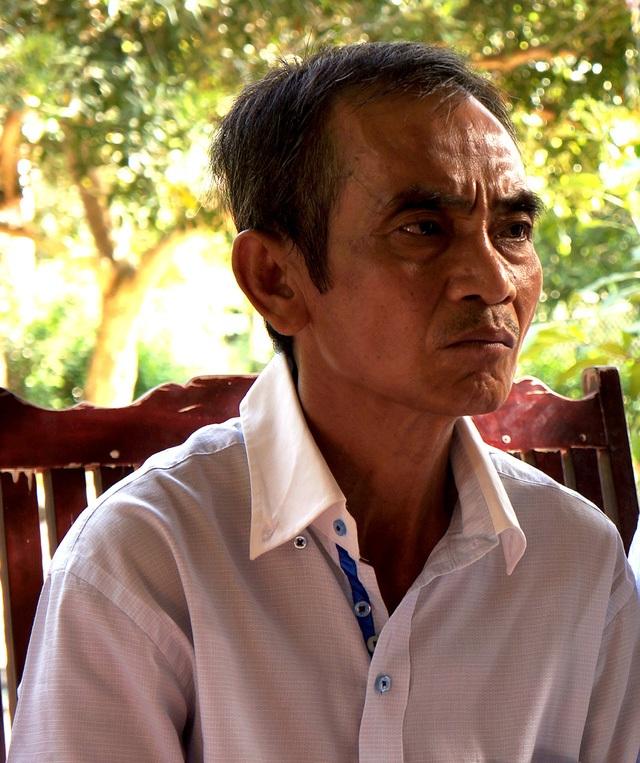 Ông Huỳnh Văn Nén và gia đình đang tiếp tục đòi TAND tỉnh Bình Thuận bồi thường cho 17 năm ngồi tù oan (Ảnh: Trung Kiên).