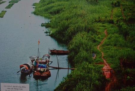 Lối về - bãi bồi sông Hồng chân cầu Thăng Long - tác giả: Nguyễn Khánh Lâm