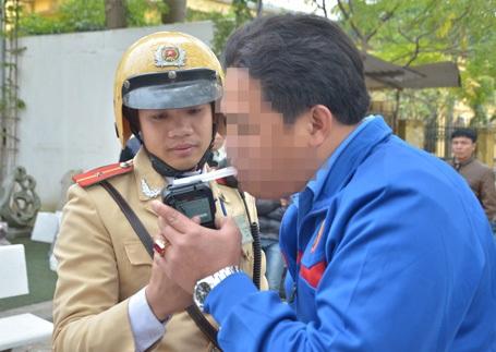 Gần 700 tài xế ma men đã bị CSGT Hà Nội xử phạt trong vòng 30 ngày