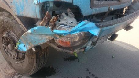 Đầu xe gặp nạn chỉ bị hư hỏng nhẹ