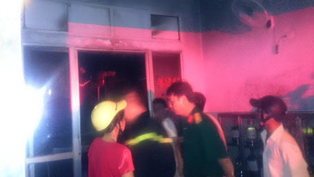 Vụ cháy khiến nhiều người trong khu phố hoảng loạn