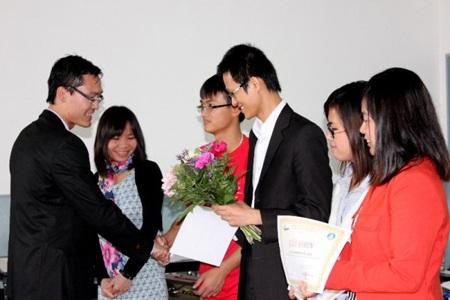 Nồng ấm ngày hội sinh viên Việt Nam tại TP. Rennes, Pháp