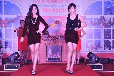 Các màn diễn thời trang trong đêm Gala để lại ấn tượng tốt