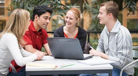 Bí quyết giúp DHS thích nghi nhanh với môi trường học tập mới
