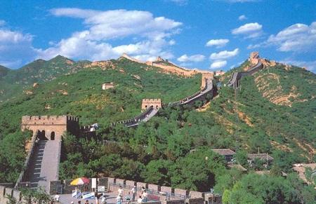 Vạn Lý Trường Thành là một trong những công trình được du khách tham quan nhiều nhất tại Bắc Kinh