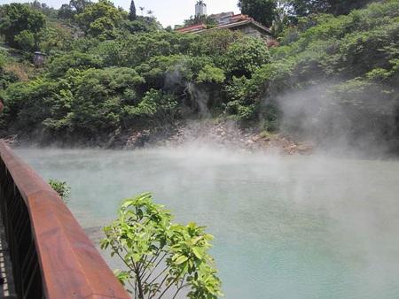 Suối nước nóng ở Beitou ấm áp quanh năm nhờ vào nguồn nước từ ngọn núi lửa Dương Minh