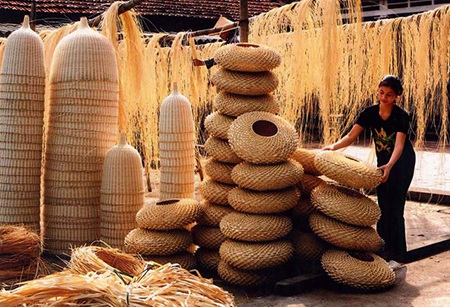 Liên hoan du lịch làng nghề truyền thống Hà Nội thu hút 400 gian hàng