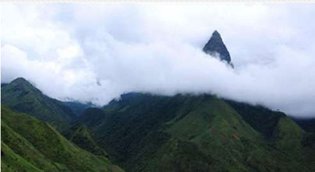 Ngọn núi được xem là đẹp nhất vùng Tây Bắc - Ngũ Chỉ Sơn