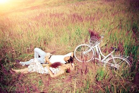 Với nhiều người cỏ lau còn gắn với những ký niệm êm đềm, ngọt ngào không thể nào quên!