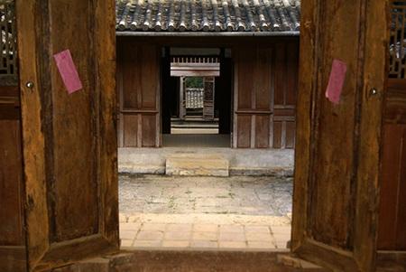 Công trình được thiết kế theo kiến trúc hình chữ Vương là dinh được