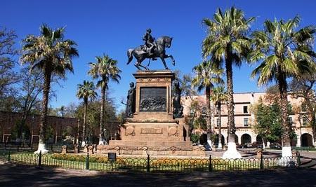 Guanajuato còn được coi là thành phố của những nhà thờ