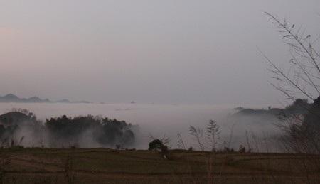 Lên Mộc Châu muốn chụp được mây đẹp trước hết phải chọn những khu vực cao