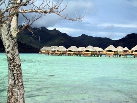 Polynesia thuộc Pháp được hợp thành từ 6 nhóm đảo nằm ẩn mình trong các