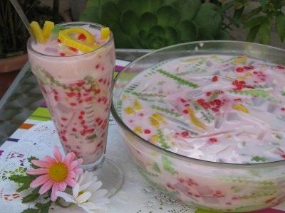Chè cũng là một trong những món ăn vặt nổi tiếng Sài Gòn