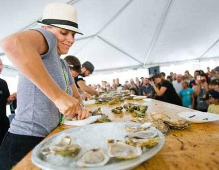Khám phá những lễ hội ẩm thực kỳ quặc trên thế giới