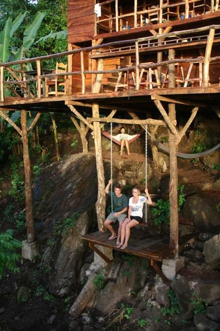Thư giãn trong chiếc nhà cây ở Granada, Nicaragua là một trong những thú vui không nên bỏ lỡ.