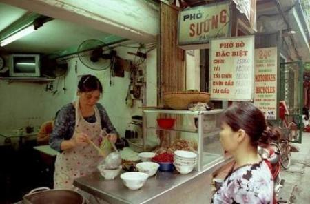 Những quán phở có tên… không giống ai ở Hà Nội