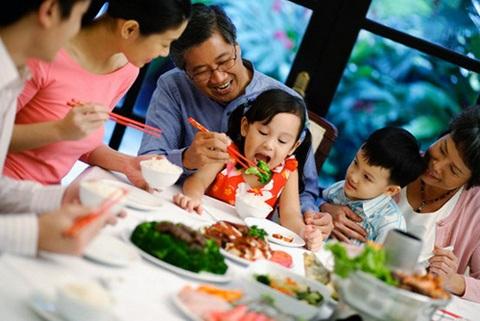 Đạo đức và tình người trong bữa ăn Việt Nam - 1