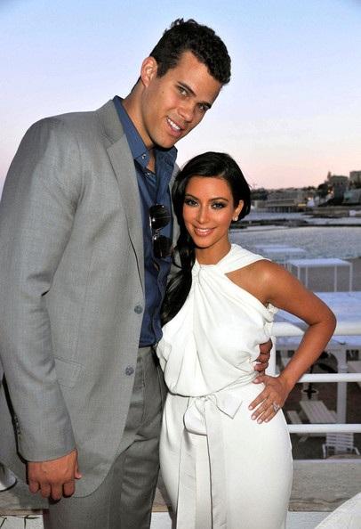 Kim Kardashian và người yêu hào hứng chuẩn bị đám cưới - 1