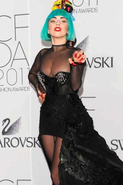 Người đẹp dự lễ trao giải của Hiệp hội thời trang Mỹ - 2