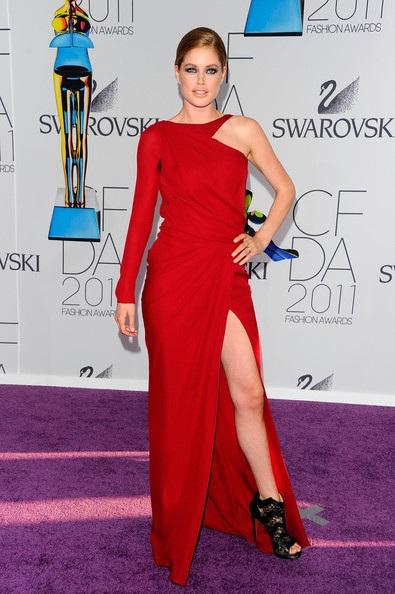 Người đẹp dự lễ trao giải của Hiệp hội thời trang Mỹ - 23