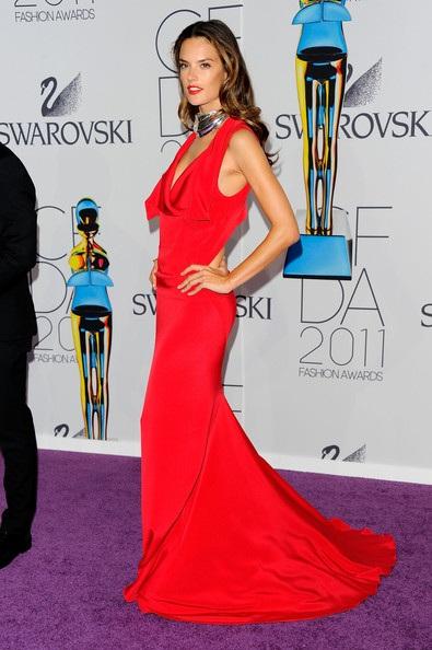 Người đẹp dự lễ trao giải của Hiệp hội thời trang Mỹ - 37