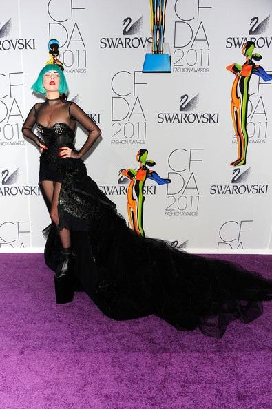 Người đẹp dự lễ trao giải của Hiệp hội thời trang Mỹ - 4