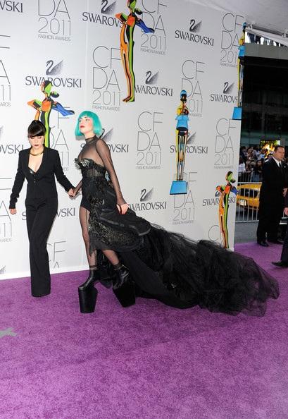 Người đẹp dự lễ trao giải của Hiệp hội thời trang Mỹ - 6