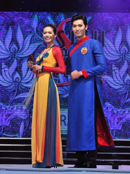 Toàn cảnh đêm chung kết Siêu mẫu Việt Nam 2011 - 3