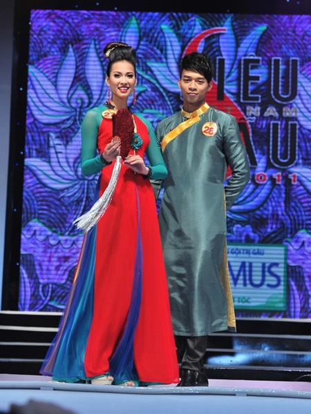 Toàn cảnh đêm chung kết Siêu mẫu Việt Nam 2011 - 4