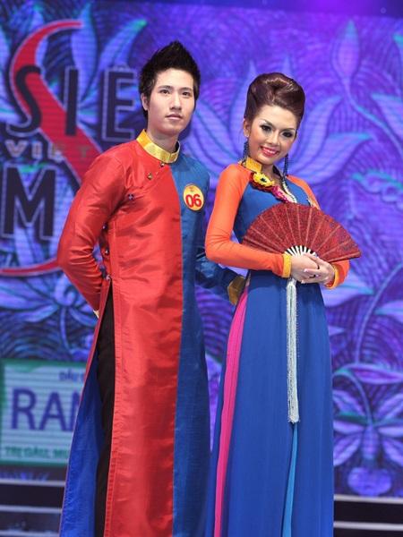 Toàn cảnh đêm chung kết Siêu mẫu Việt Nam 2011 - 9