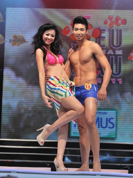 Toàn cảnh đêm chung kết Siêu mẫu Việt Nam 2011 - 15