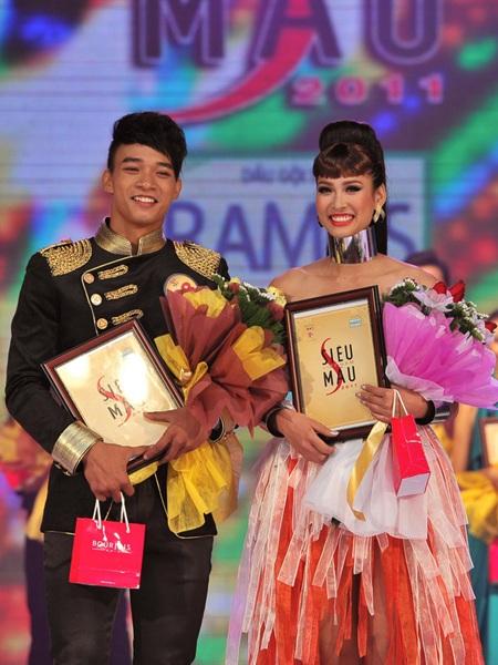 Toàn cảnh đêm chung kết Siêu mẫu Việt Nam 2011 - 30