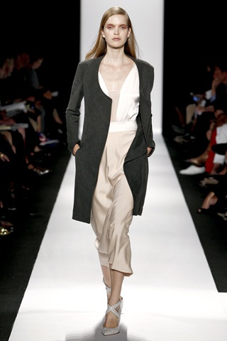 BST thanh lịch của Narciso Rodriguez - 3