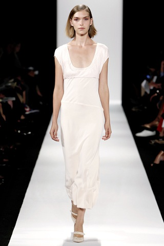BST thanh lịch của Narciso Rodriguez - 4