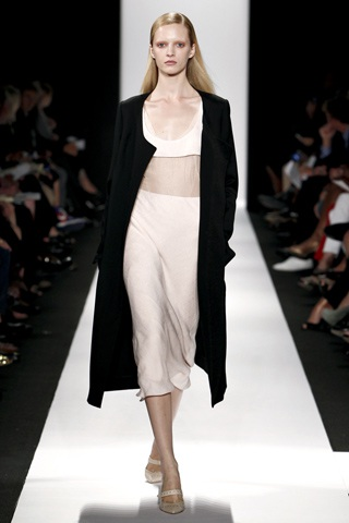 BST thanh lịch của Narciso Rodriguez - 5
