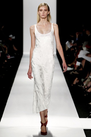 BST thanh lịch của Narciso Rodriguez - 8