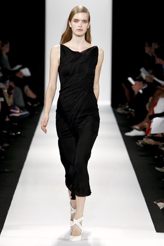 BST thanh lịch của Narciso Rodriguez - 16