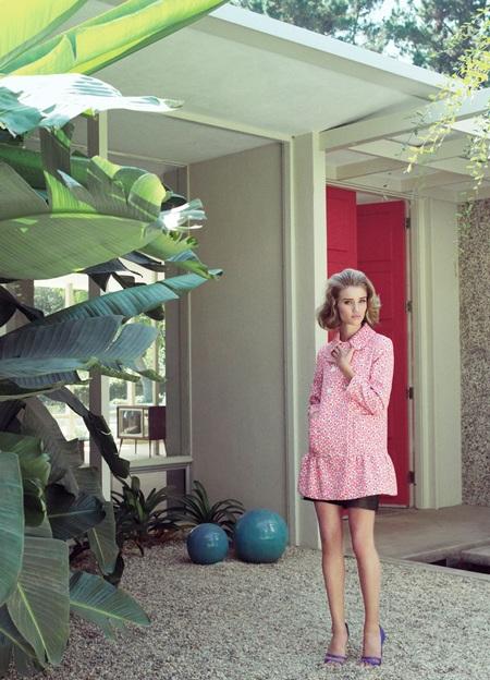 Rosie Huntington-Whiteley khoe vẻ kiêu sa, quyến rũ - 4
