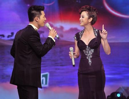 Nghe Jennifer Phạm và Đức Tuấn hát Cơn mưa tình yêu - 4