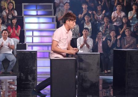 Trấn Thành hài hước trong gameshow Một phút để chiến thắng