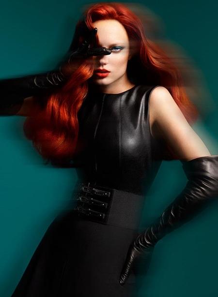 Naty Chabanenko quảng cáo cho BST thu đông 2012 của nhãn hiệu thời trang Atalar