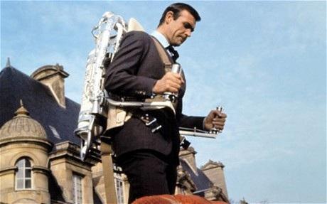 Tên lửa Jetpack cứu sống James Bond trong Thunderball
